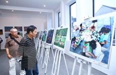 Trao giải và triển lãm cuộc thi ảnh nghệ thuật quốc tế 'Tự hào Hà Nội'