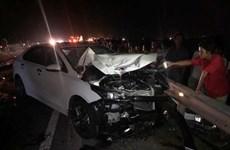 Quảng Trị: Xe ôtô va chạm xe máy, 3 người trong một gia đình tử vong