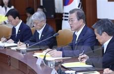 Tỷ lệ ủng hộ Tổng thống Hàn Quốc lần đầu xuống dưới 40%