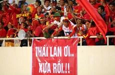 Những sắc màu cảm xúc trên sân Mỹ Đình trước trận Việt Nam-Thái Lan