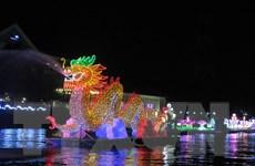 Cần Thơ: Hình ảnh hoa đăng rực sáng trên bến Ninh Kiều