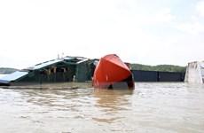 Tìm thấy thi thể một nạn nhân khi trục vớt tàu chìm trên sông Lòng Tàu