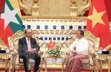 Thủ tướng Chính phủ Nguyễn Xuân Phúc hội kiến Tổng thống Myanmar