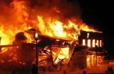 Lâm Đồng: Cháy nhà trong hẻm sâu, chủ nhà bị thương