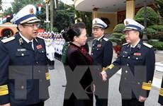 Chủ tịch Quốc hội chúc mừng cán bộ, chiến sỹ Quân chủng Hải quân