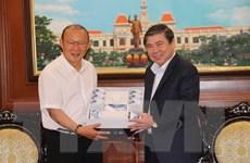 HLV Park Hang-Seo giữ vai trò như đại sứ thúc đẩy quan hệ Việt-Hàn