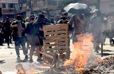 Cảnh sát Hong Kong thu giữ lượng lớn chất dễ cháy dùng để tạo bom xăng
