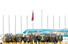 Hà Nội, TP.HCM, Huế đón những du khách xông đất đầu Năm Mới