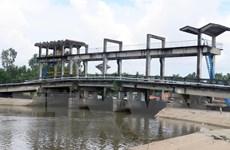 Thủy điện thượng nguồn Mekong giảm xả nước khiến xâm nhập mặn tăng