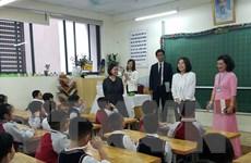 Phu nhân Bộ trưởng Ngoại giao Nhật Bản thăm trường Tiểu học Chu Văn An