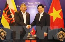 Việt Nam và Brunei nhất trí duy trì tự do hàng hải ở Biển Đông