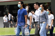 Singapore áp dụng biện pháp cách ly tại nhà nghiêm ngặt hơn