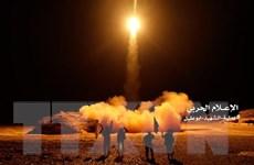 Saudi Arabia đánh chặn tên lửa của Houthi bắn từ Yemen