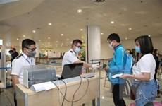 Hành khách bay cùng bệnh nhân thứ 17 đang khảo sát tại Quảng Bình