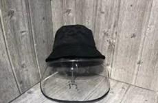 Hà Nội sôi động thị trường mũ có kính bảo hộ phòng COVID-19
