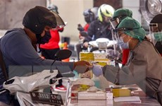 Indonesia: Các công ty vũ khí và điện tử tham gia sản xuất máy thở