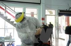 Lấy mẫu xét nghiệm SARS-CoV-2 tất cả hành khách đi tàu về ga Sài Gòn