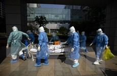 Trung Quốc tăng cường năng lực xét nghiệm và điều trị tại biên giới