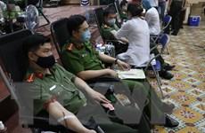 Cán bộ, chiến sỹ công an Thái Nguyên tham gia hiến máu tình nguyện