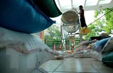 Đại sứ quán Israel trao 1 tấn gạo hỗ trợ cây ATM gạo tại Hà Nội