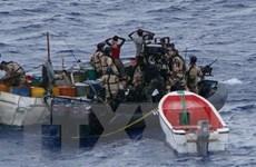 Cướp biển có vũ trang tấn công tàu hàng tại Vịnh Aden