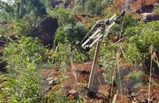Cao Bằng: Sạt lở đất vùi lấp 1 nhà dân và 50m đường Tỉnh lộ