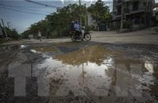 Tuyến đường giữa trung tâm thành phố Hòa Bình xuống cấp trầm trọng
