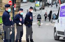 Canada và Pháp ủng hộ việc gắn camera trên người cảnh sát