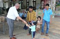 Đại sứ quán Bỉ tặng 'túi vệ sinh cá nhân' cho 6.200 trẻ mầm non