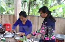 Đặc sản dừa sáp Cầu Kè được trao chứng nhận VietGAP