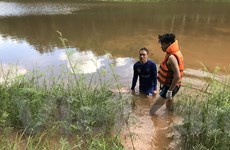 Điều tra, làm rõ vụ nam thanh niên tử vong dưới hồ khi đi bắt cá