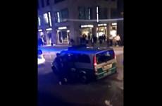 Đức: Hàng trăm người tụ tập gây náo loạn ở thành phố Stuttgart