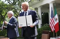 Tổng thống Mexico lần đầu hội đàm người đồng cấp Mỹ