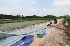 Người dân sống gần bãi rác Nam Sơn tháo dỡ lều bạt, ngừng chặn xe