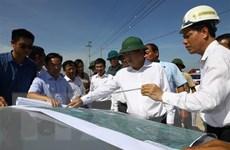 Phó Thủ tướng kiểm tra tiến độ xây dựng đoạn cao tốc Cao Bồ-Mai Sơn