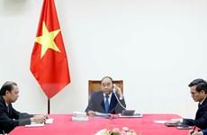 Thủ tướng Nguyễn Xuân Phúc điện đàm với Thủ tướng Nhật Bản Abe Shinzo