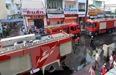 TP.HCM: Giải cứu nhiều người trong vụ cháy lớn tại nhà dân