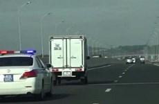Hai tài xế không nhường đường cho xe ưu tiên bị phạt từ 3-5 triệu đồng