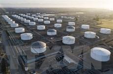 Giá dầu thế giới tăng hơn 3% phiên 6/10 do ngại về bão Delta