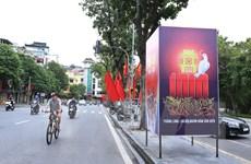 Phố phường rực rỡ cờ hoa chào mừng 1010 năm Thăng Long-Hà Nội