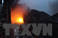 Bình Dương: Cháy dữ dội tại xưởng phế liệu rộng hơn 1.000m2