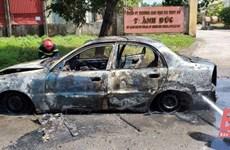 Thanh Hóa: Xe ôtô 4 chỗ bốc cháy trong Khu Công nghiệp Tây Bắc Ga