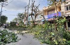Các địa phương đưa người dân đến nơi an toàn trước khi bão số 9 đổ bộ