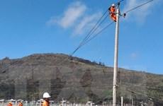Bão số 9: Các địa phương nỗ lực sửa chữa sự cố điện, đường giao thông