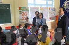Trưởng ban Dân vận TW thăm các điểm trường khó khăn của tỉnh Kon Tum