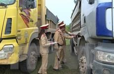 Lâm Đồng thu hồi phù hiệu 50 xe khách, xe tải chạy quá tốc độ