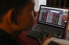 Tháng 12, giá trị khớp lệnh liên tục đạt trên 10.000 tỷ đồng mỗi phiên