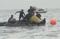Chuyên gia: Chiếc máy bay Indonesia chỉ mất 20 giây để lao xuống biển
