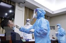 Xét nghiệm SARS-CoV-2 cho các phóng viên tác nghiệp tại Đại hội XIII