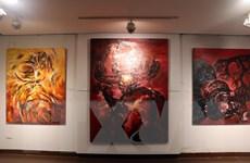 """Triển lãm """"Nghiệp"""" của Ngô Thanh Hùng: Độc đáo với hình tượng con trâu"""